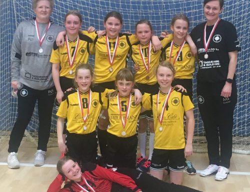 U10 Piger vinder sølv til afslutningsstævnet